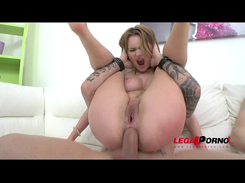 Busty slut Emily Thorne classic LP anal treatment with DP & gapes SZ1289