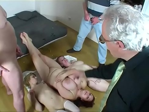 2 Dirty Bitch for a great Cocks