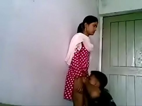 Bangladeshi School Girl's Boobs Sucking In Coaching Class