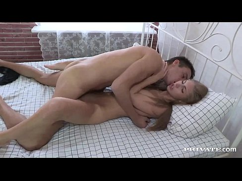 Amateur Anjelica Abby Loves to Have Hard Anal