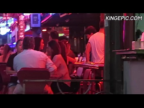 Bangkok Nightlife – Hot Thai Girls & Ladyboys (Thailand, Soi Cowboy)