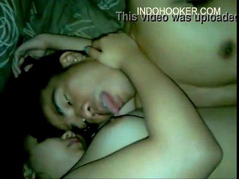 [Porn] Licking my gf's big boobs Full: Jav24Hours.club
